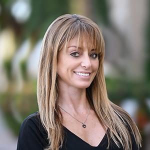 Barbora Kassdikian,                     Agent in Miami - Compass