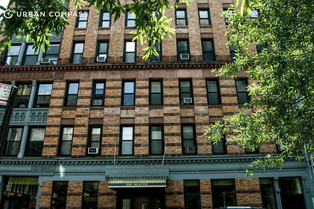 250 Mercer Street, Unit B301 Image #1