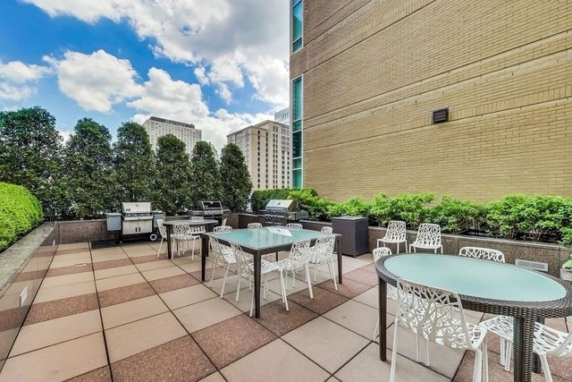33 West Ontario Street, Unit 38F Chicago, IL 60654