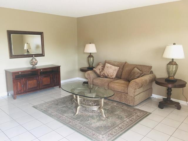 817 Flanders South Delray Beach, FL 33484