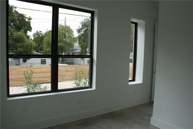 1003 East 13th Street, Unit B Austin, TX 78702