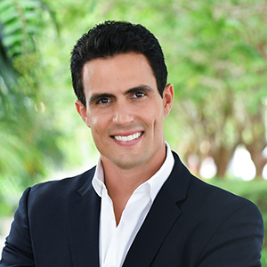 Angel Nicolas, Agent in Miami - Compass