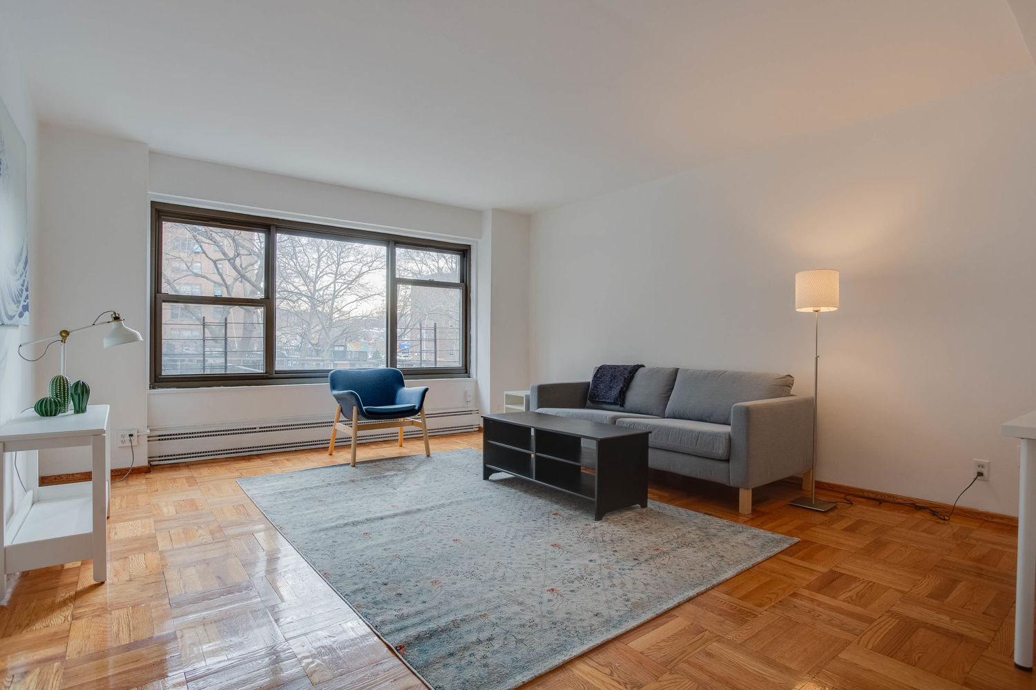 21-25 34th Ave, Unit 2C Queens, NY 11106