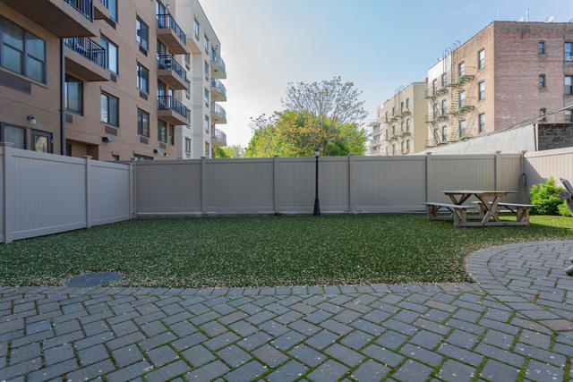 23-37 31st Road, Unit 4C Queens, NY 11106