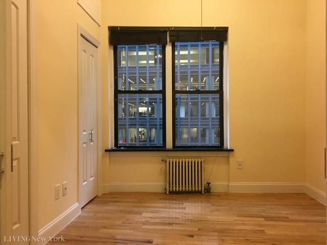 211 West 53rd Street, Unit 5G Image #1