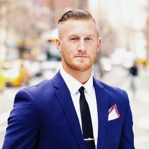 Gavin Shiminski,                     Agent in NYC - Compass