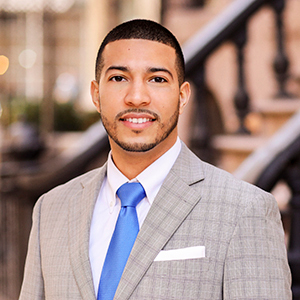 David Lagares,                       Agent in NYC - Compass