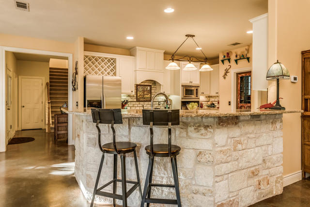 421 Goodnight Trail Dripping Springs, TX 78620