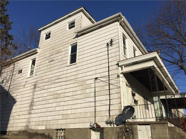 131 Laughlin Avenue Pittsburgh, PA 15210