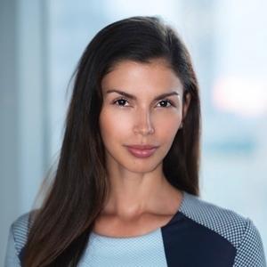Headshot of Alejandra Cata Posas
