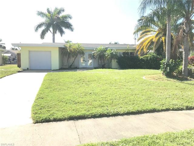 1717 Lakeside Terrace North Fort Myers, FL 33903