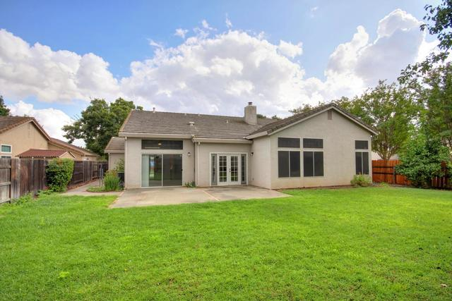 9401 Ringe Circle Elk Grove, CA 95624