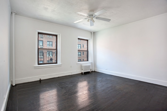 240 East 24th Street, Unit 3ANORTH Image #1