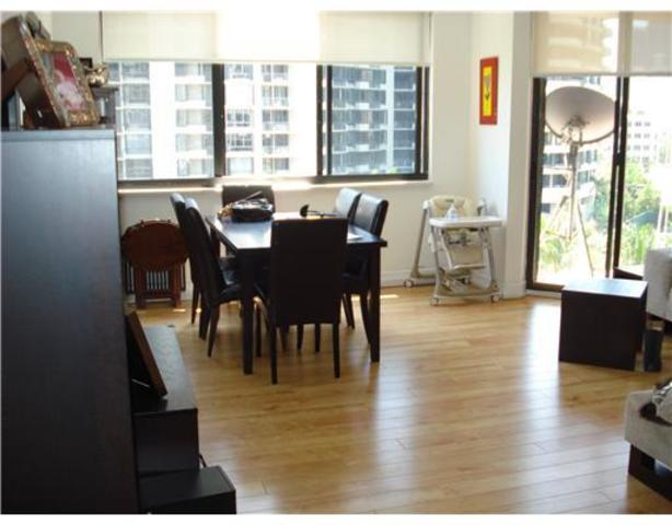 540 Brickell Key Drive, Unit 819 Image #1