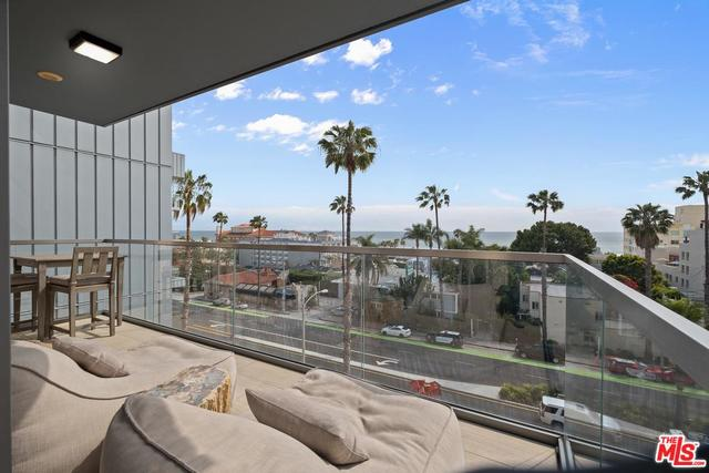 1755 Ocean Avenue, Unit 614 Santa Monica, CA 90401