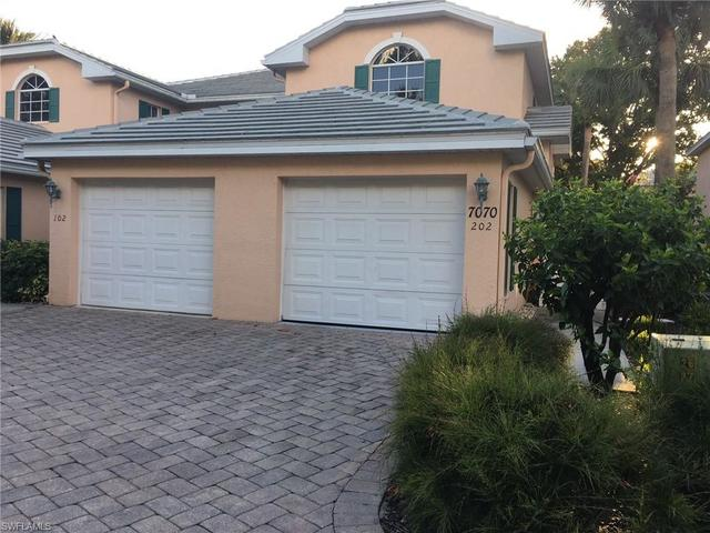 7070 Barrington Circle, Unit 102 Naples, FL 34108