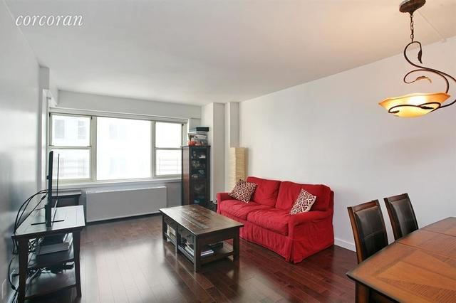 159 West 53rd Street, Unit 28H Image #1