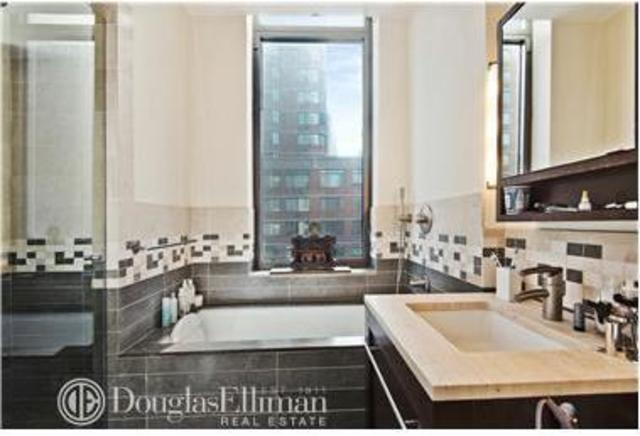 101 West 24th Street, Unit 4E Image #1