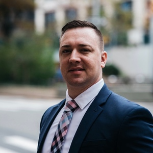Brandon Burkholder, Agent in New York City - Compass