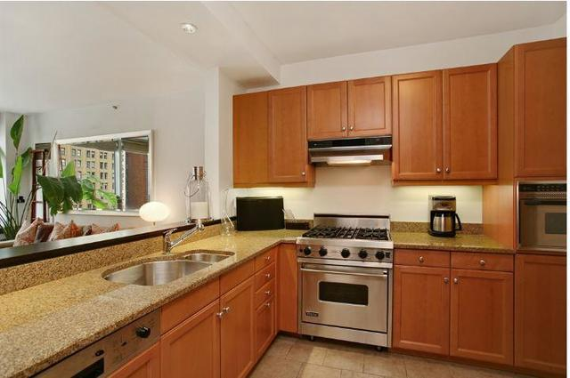10 West Street, Unit 23D Image #1