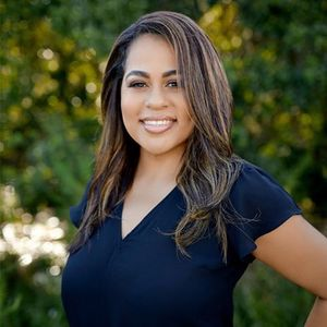 Yessenia Cruz, Agent in Central Florida - Compass