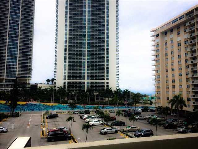 1833 South Ocean Drive, Unit 401 Image #1