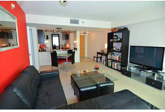 1200 Brickell Bay Drive, Unit 4015 Image #1