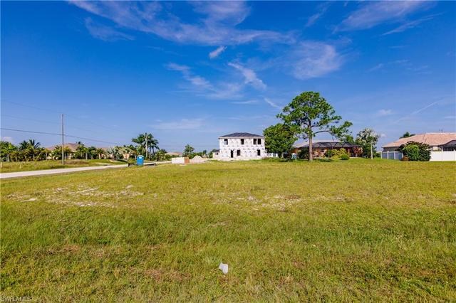 400 Northwest 19th Place Cape Coral, FL 33993