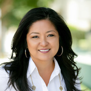 Stephanie Saucedo, Agent in Los Angeles - Compass