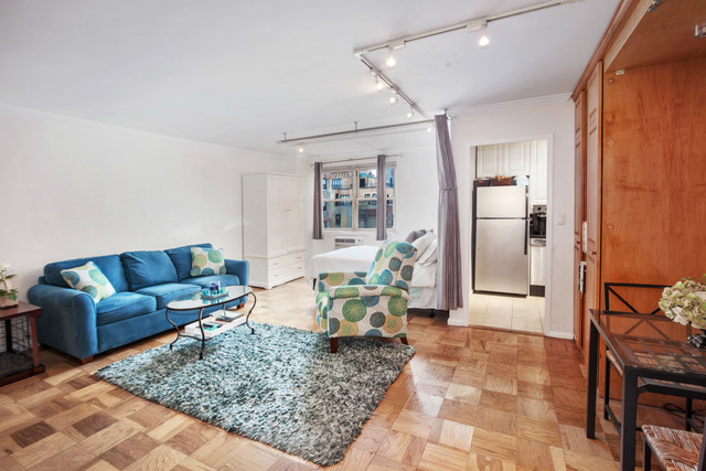 333 East 79th Street, Unit 19L Image #1