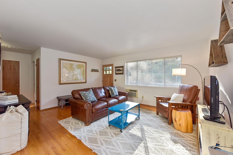 137 Fairview Lane, Sonoma, CA 95476 | Compass