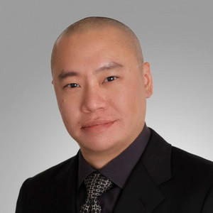 Michael Lee,                     Agent in San Francisco - Compass
