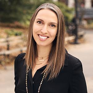 Alessandra DeLaCruz,                     Agent in NYC - Compass