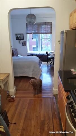 132 West 15th Street, Unit 1A Image #1