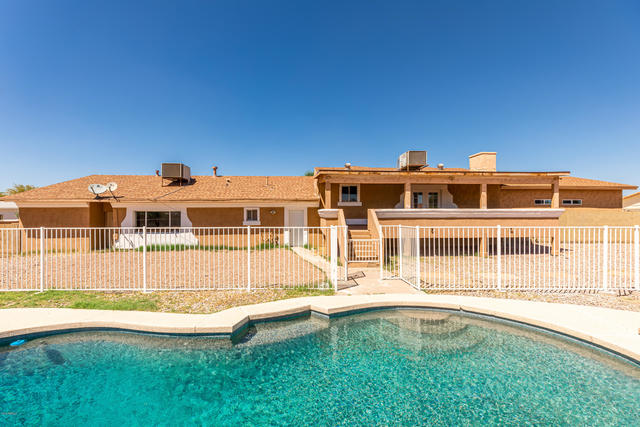 6439 West Greenbriar Drive Glendale, AZ 85308