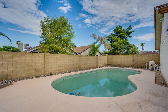 18212 North 19th Street Phoenix, AZ 85022
