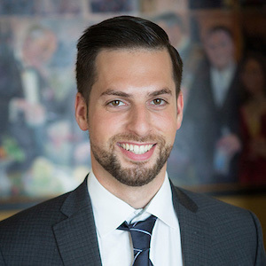 Ben Uzhansky,                     Agent in Seattle - Compass