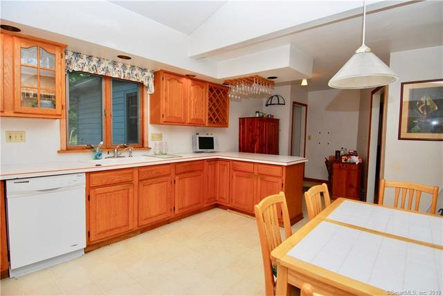 107 Buell Street North Haven, CT 06473