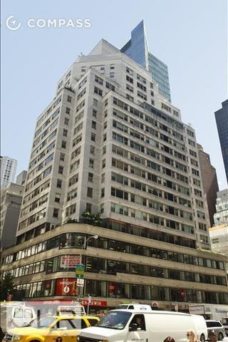 200 East 58th Street, Unit 8F Image #1