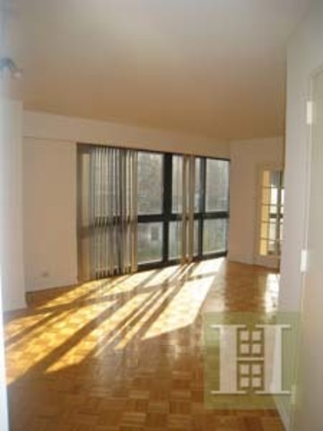 200 East 61st Street, Unit 6A Image #1