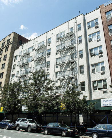 235 West 70th Street, Unit 6C Image #1