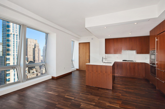 400 5th Avenue, Unit 37E Image #1