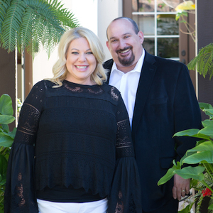 Stephen and Liz Kaseno , Agent Team in Los Angeles - Compass