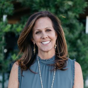 Jill Collins,                       Agent in Dallas-Fort Worth - Compass