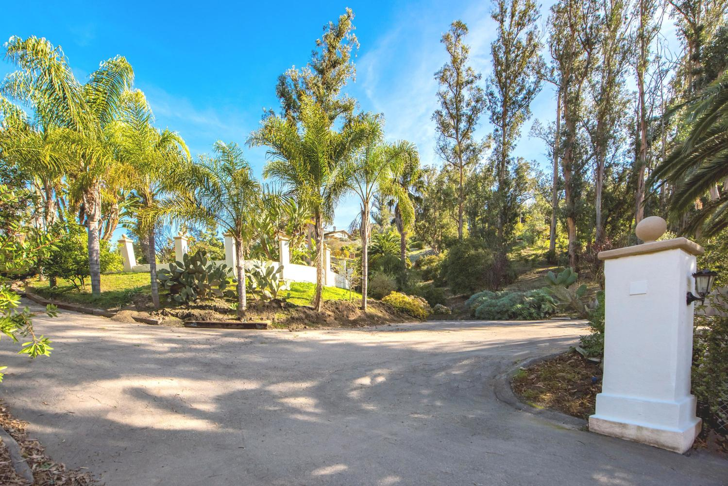 1790 Sycamore Canyon Road Santa Barbara, CA 93108
