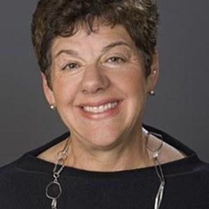 Christina McArthur,                     Agent in San Francisco - Compass