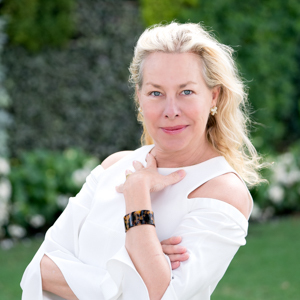 Catherine Stewart,                       Agent in Miami - Compass