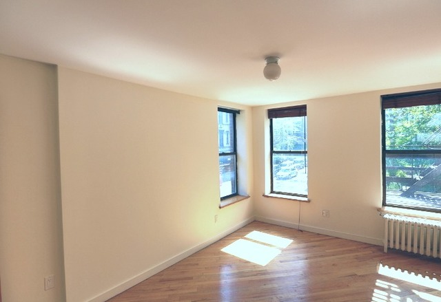 162 Ave B, Unit 2E Image #1