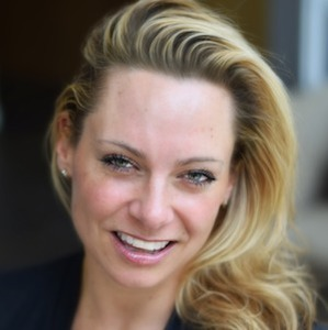 Shannon Kelly,                       Agent in Chicago - Compass