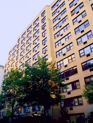 East 16th Street Manhattan, NY 10003